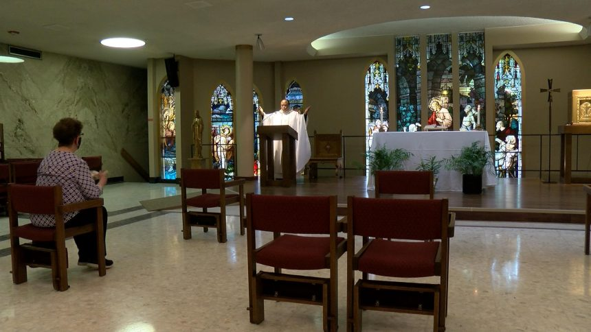 In-person mass returns to Mayo Clinic's chapel