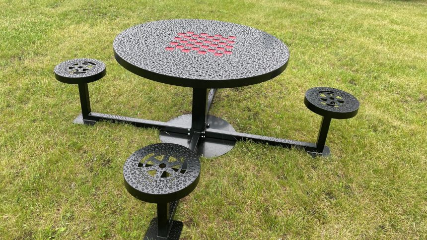 Rotary Table Painted - In park