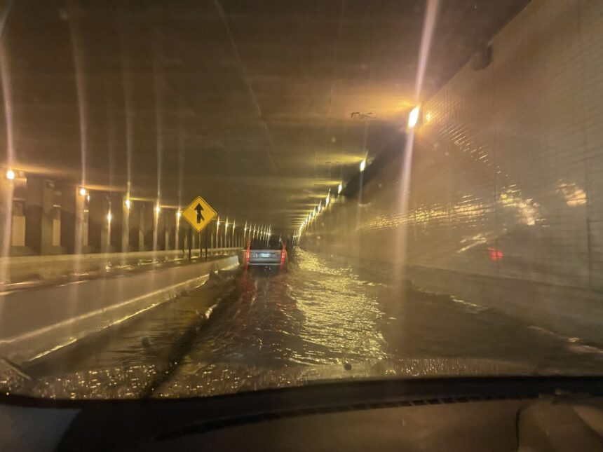 I-35 closed, thousands without power as severe storms roll through Northland