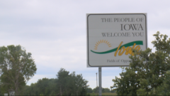 Iowa welcome sign