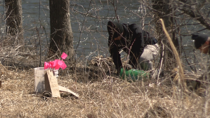 Iowa law enforcement agencies search for human remains in Mason City along the Winnebago River
