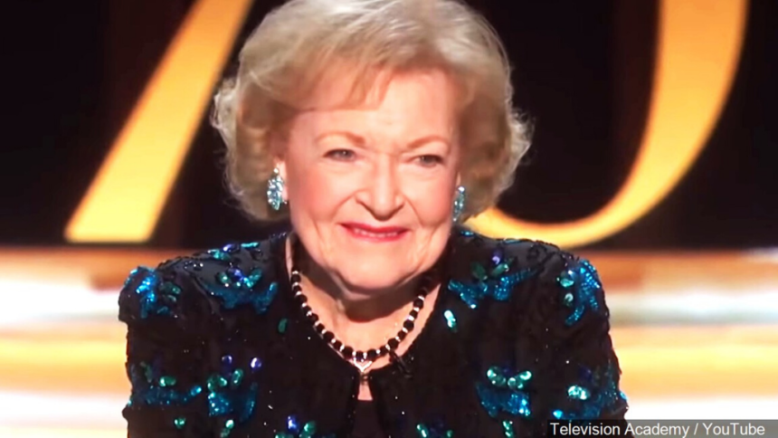 Photo of Betty White to star in Christmas movie on Lifetime | CNN Newsource