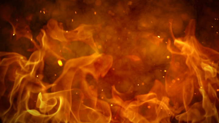 Cedar Rapids family displaced following an overnight house fire