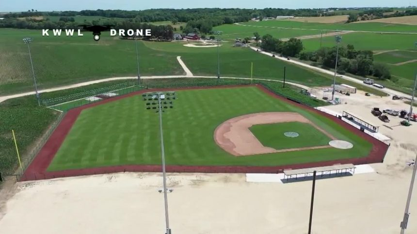 They Re Building It Field Of Dreams Game Less Than Two Months Away