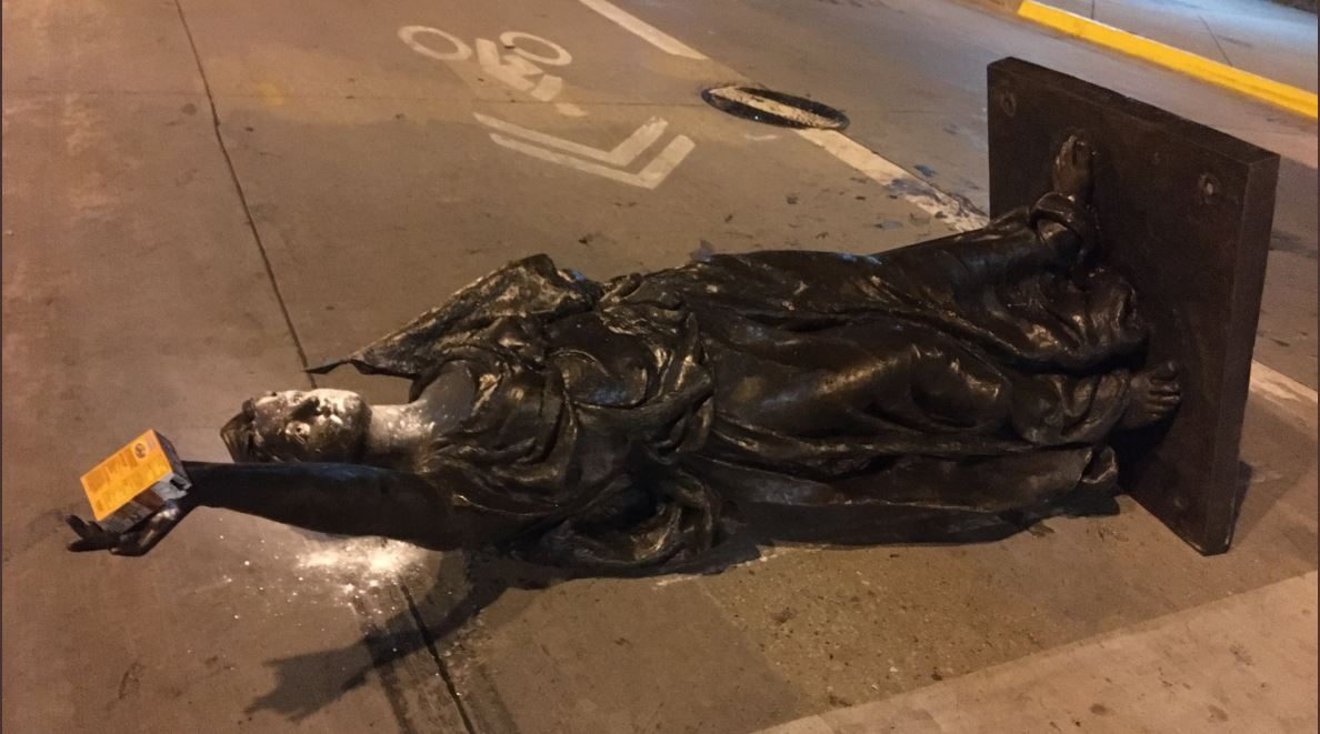 Forward Statue pulled down