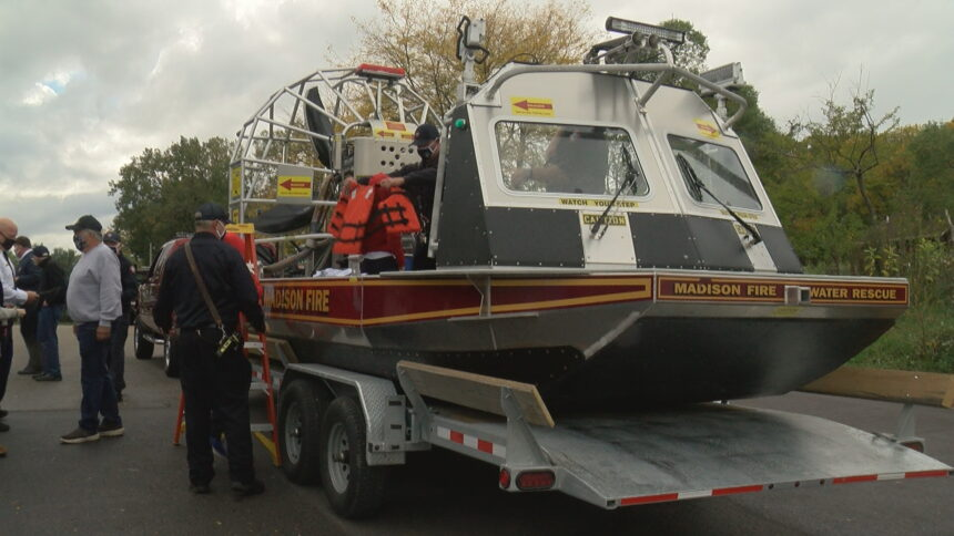 B 6 NEW MFD AIRBOAT.transfer_frame_0