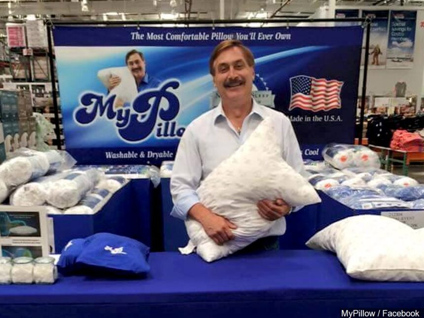 0119_MIKE-LINDEL-MYPILLOW